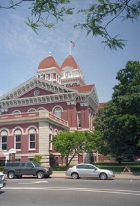 250px-Lake_County_Indiana_Courthouse
