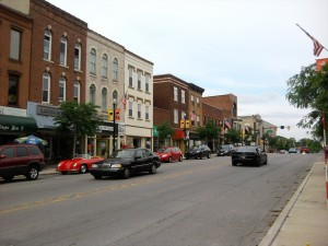 Lincolnway_in_downtown_Valparaiso